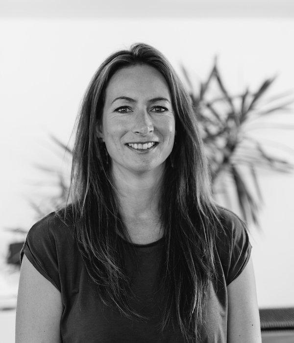 Hannabeth Johnson - International Sales & Marketing