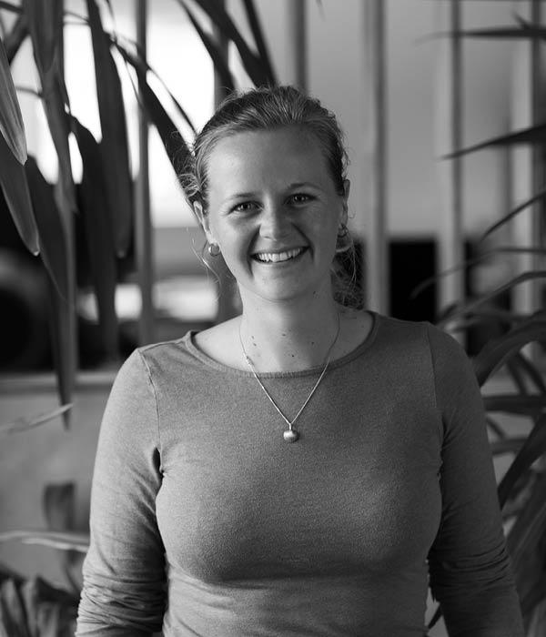 Bella Collins - Marketing Manager