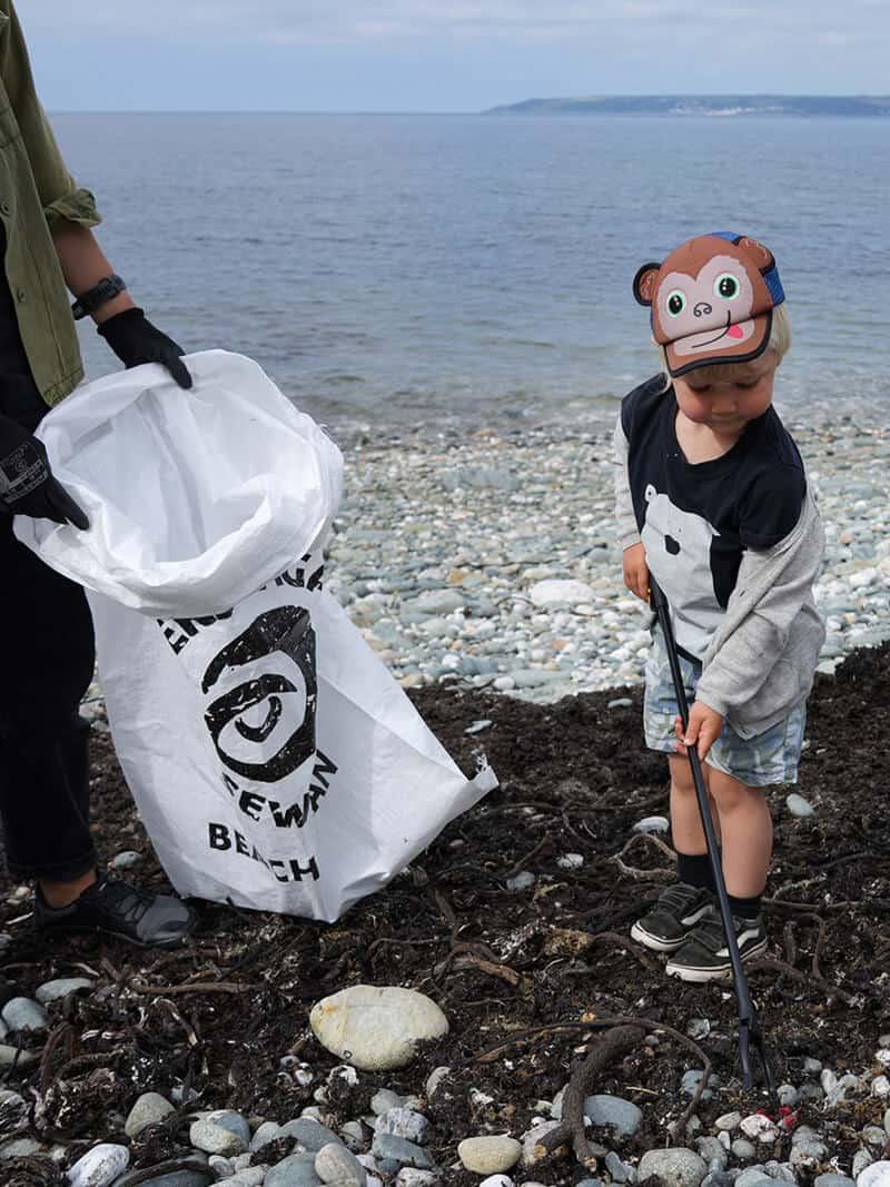 Flexi-Hex Sustainable Team Beach Clean