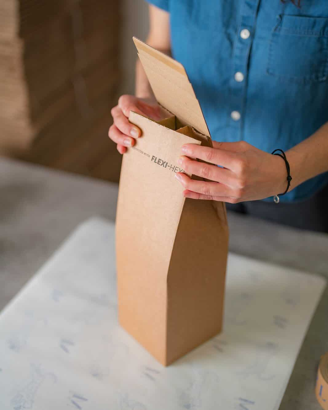 Pinch Top ecommerce bottle packaging